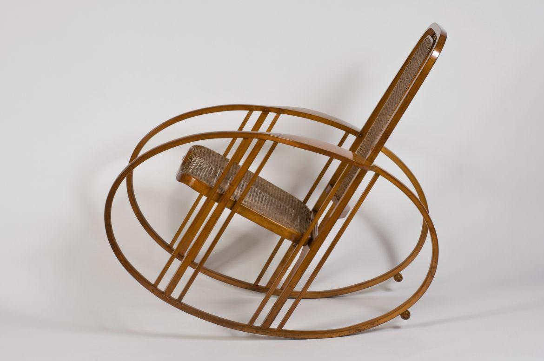 Sedia A Dondolo Milano.Il Dondolo N 267 Egg Rocking Chair Legno Curvato