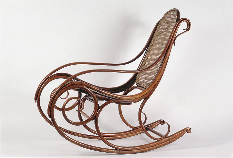 Come riconoscere l epoca di un oggetto in stile thonet legno curvato - Sedia thonet originale ...