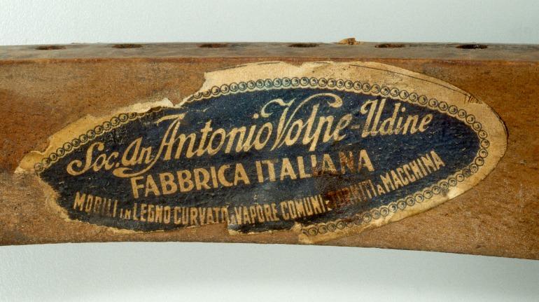 Etichetta Società Antonio Volpe
