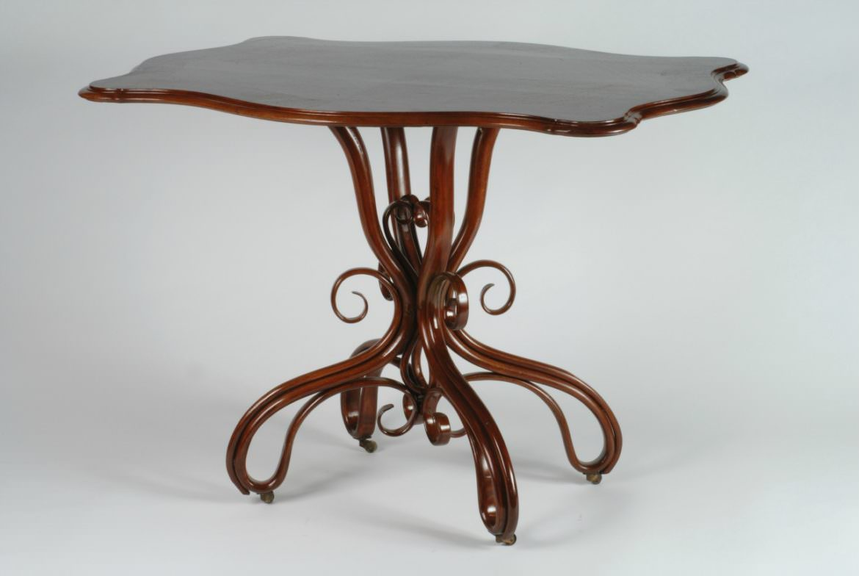 Tavolo Thonet lamellare 1859