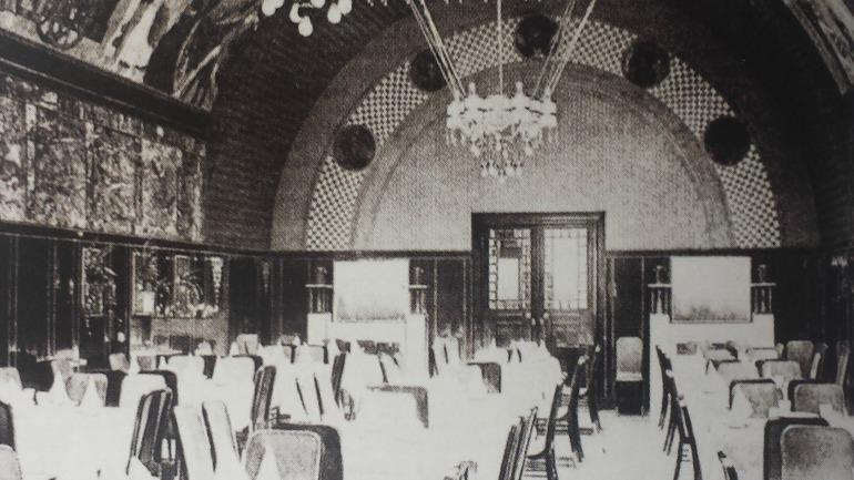 Das Interieur 1906