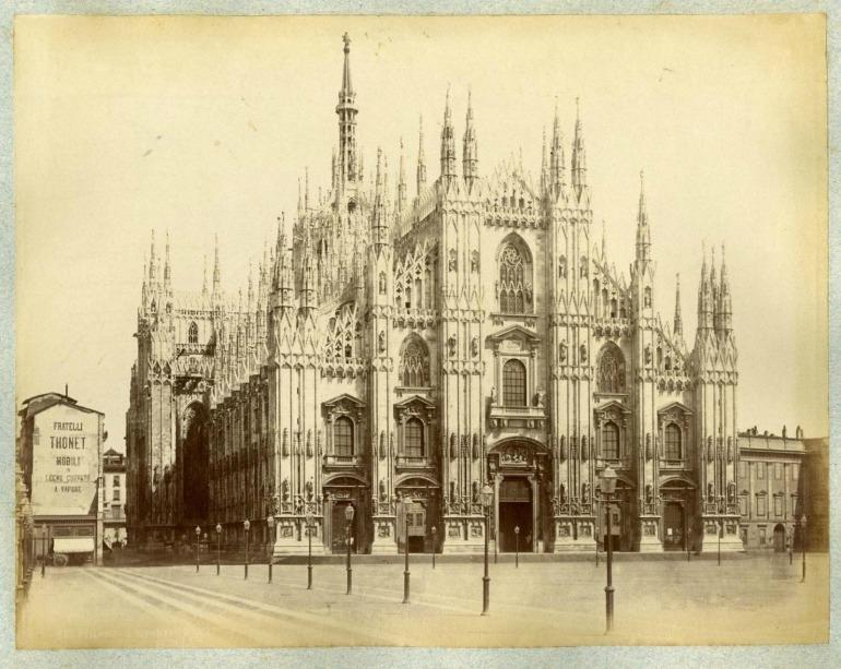 palazzo thonet in costruzione 1880 ca.