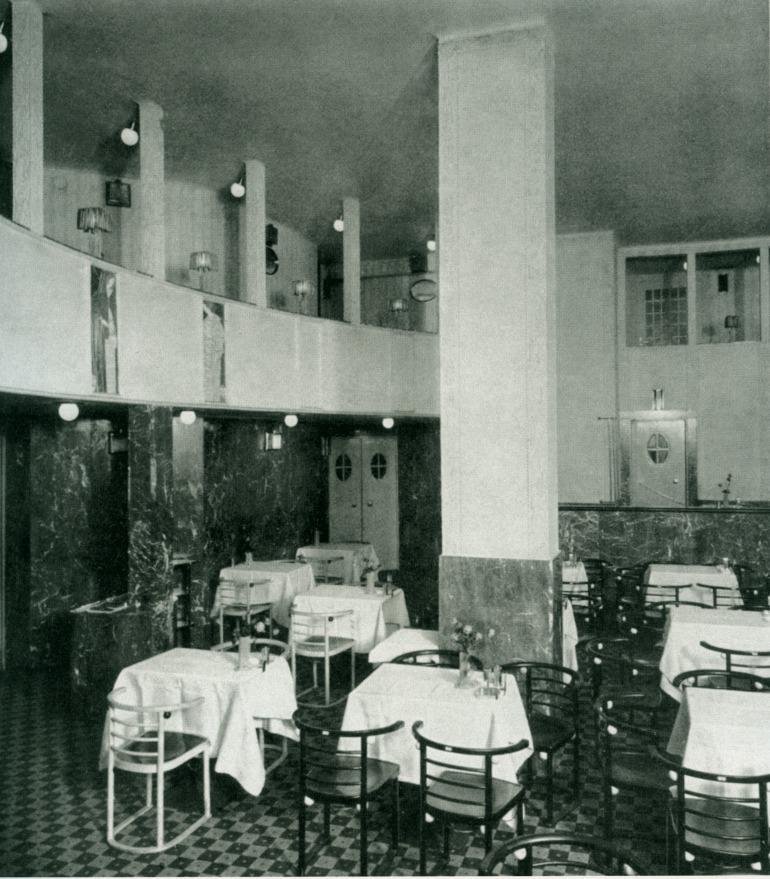 Cabaret Café Feldermaus interni