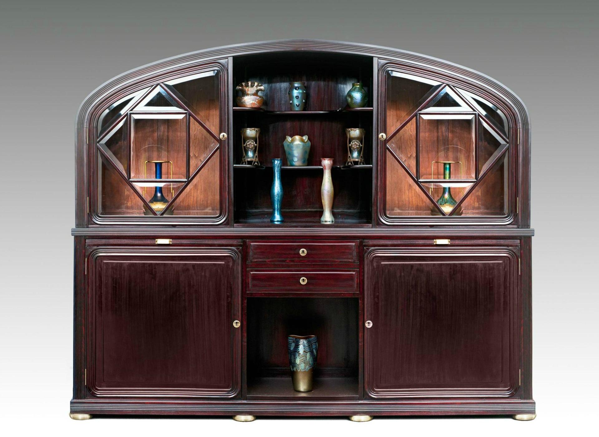 L 39 innovazione dei mobili contenitori legno curvato for Mobili contenitori