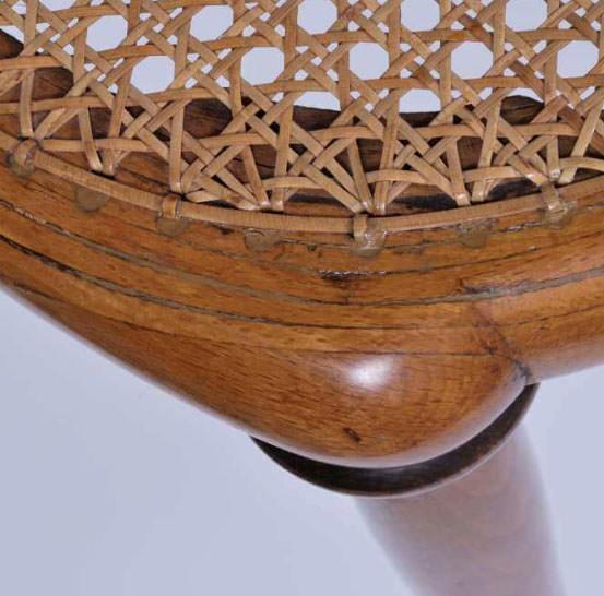 Valutare mobili e sedia thonet originale servizio expertise for Sedia design originale