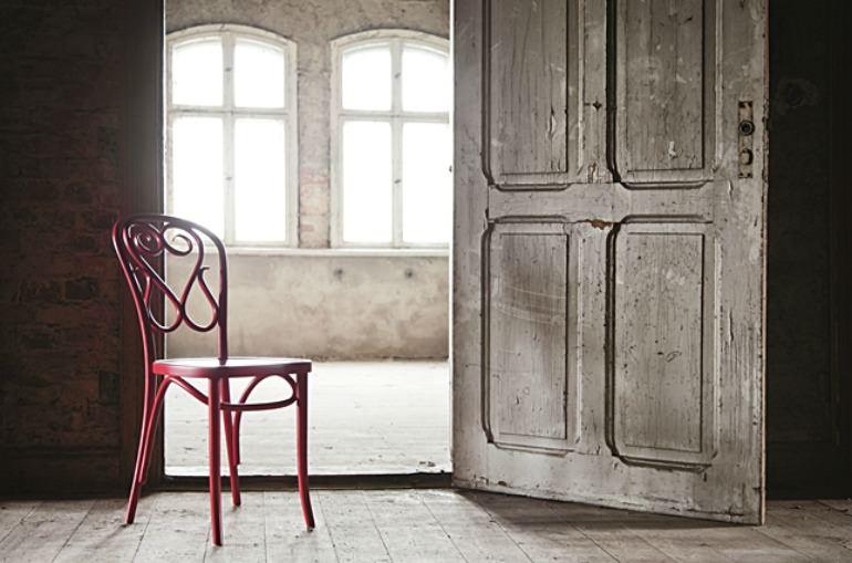 Fameg chair