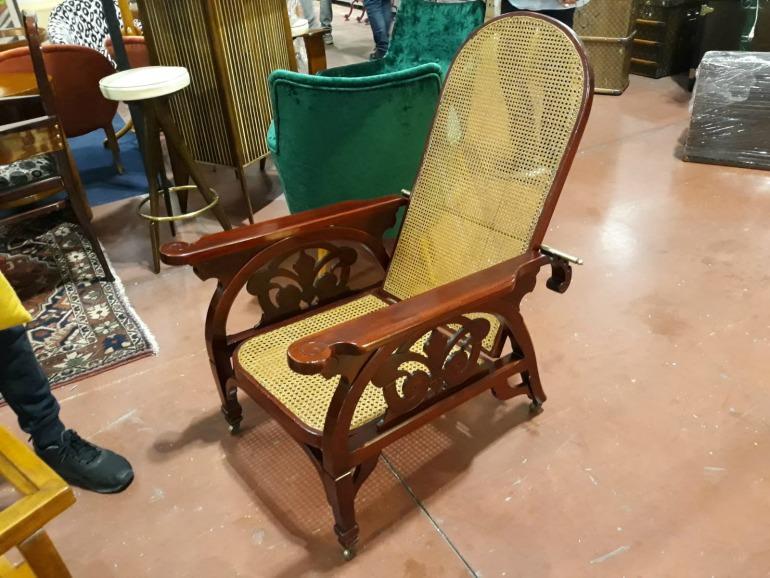 Thonet Morris Chair