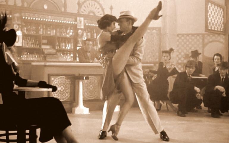 Tango in stile Thonet