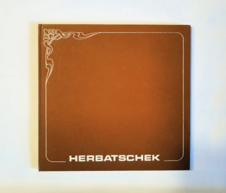Herbatschek-catalogue-bentwood